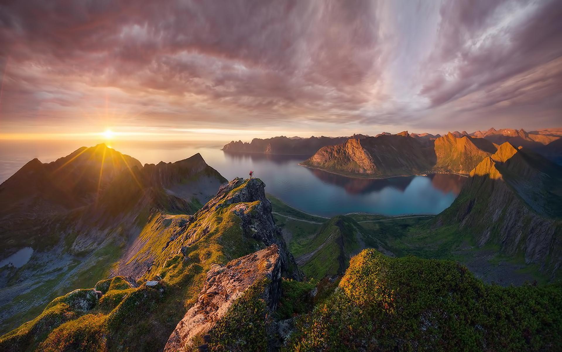 Зрелищные закаты из разных мест мира