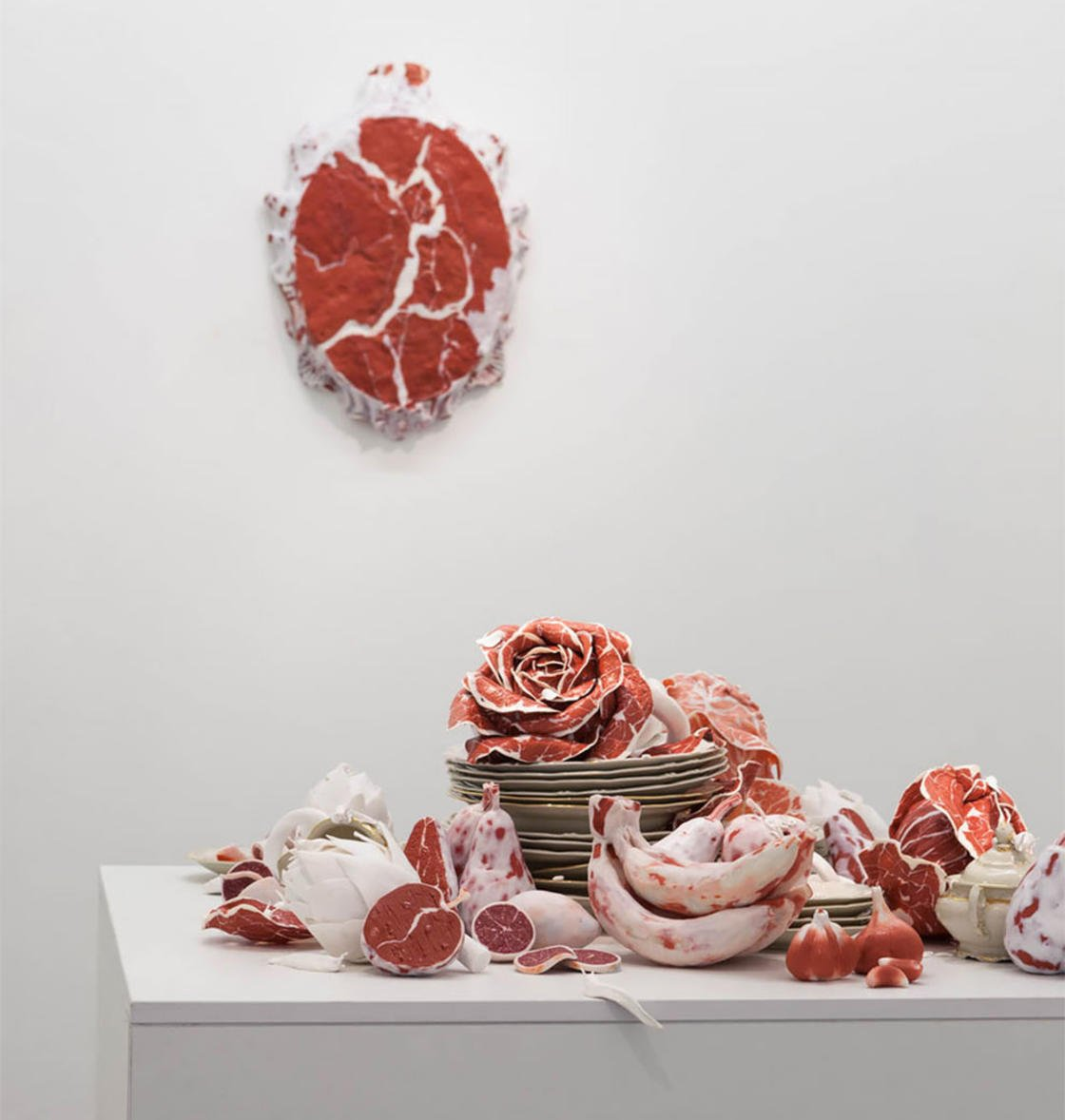 Странные мясные скульптуры от Рони Ланды