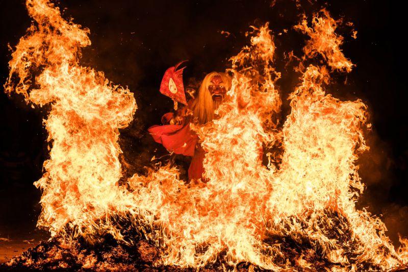 картинки огонь духа опухоль представляет