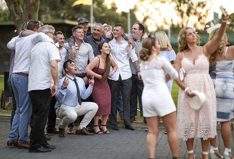 Как прошли весенние скачки в Сиднее