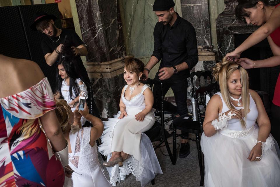 1,4-метровые модели покорили подиум на Неделе моды в Париже