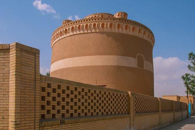 Голубиные башни Ирана