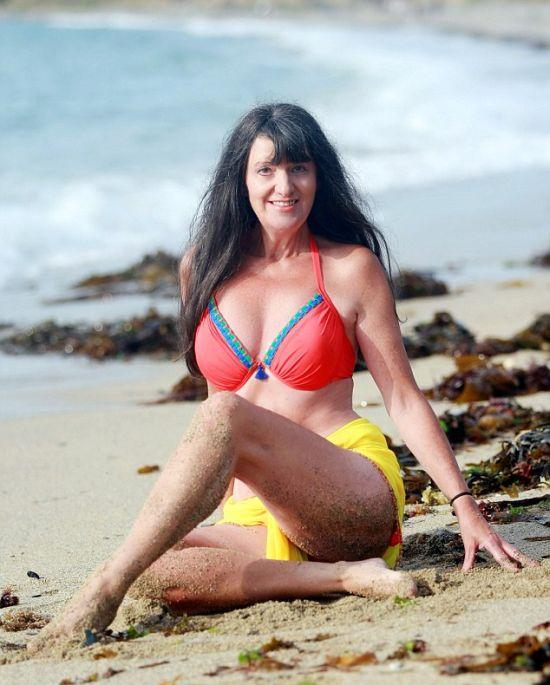 Старейшая в Великобритании гламурная модель Сьюзи Монти