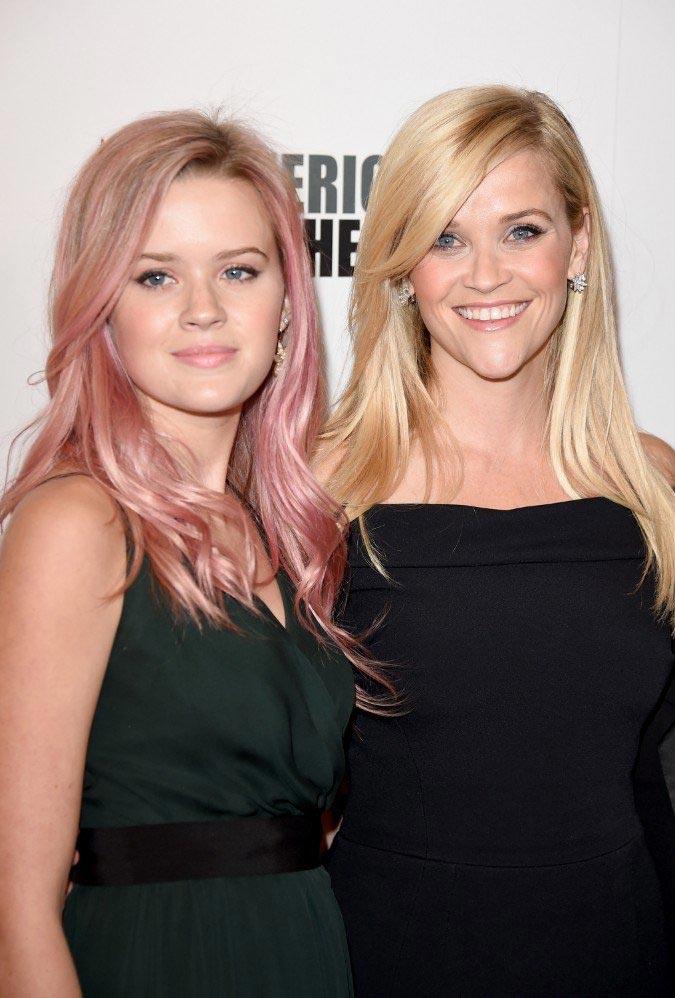 10 дочерей очень похожих на знаменитых мам