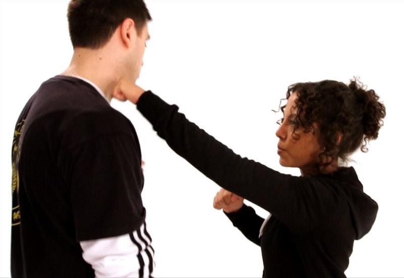 Самые действенные удары в самообороне