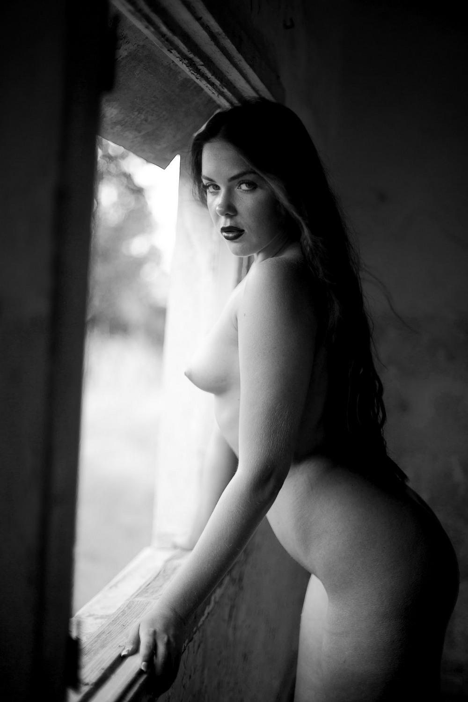Красивые фото в жанре Ню от Jacob Gontmacher