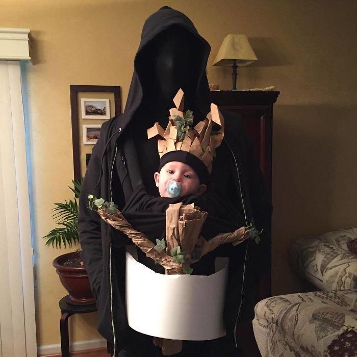 Костюмы с сумками-кенгуру для родителей и детей на Хэллоуин