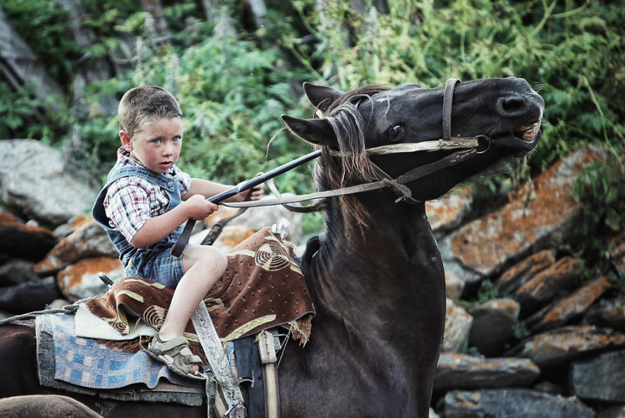 Семья с пятилетним ребёнком объехала Грузию и Армению на мотоцикле Урал