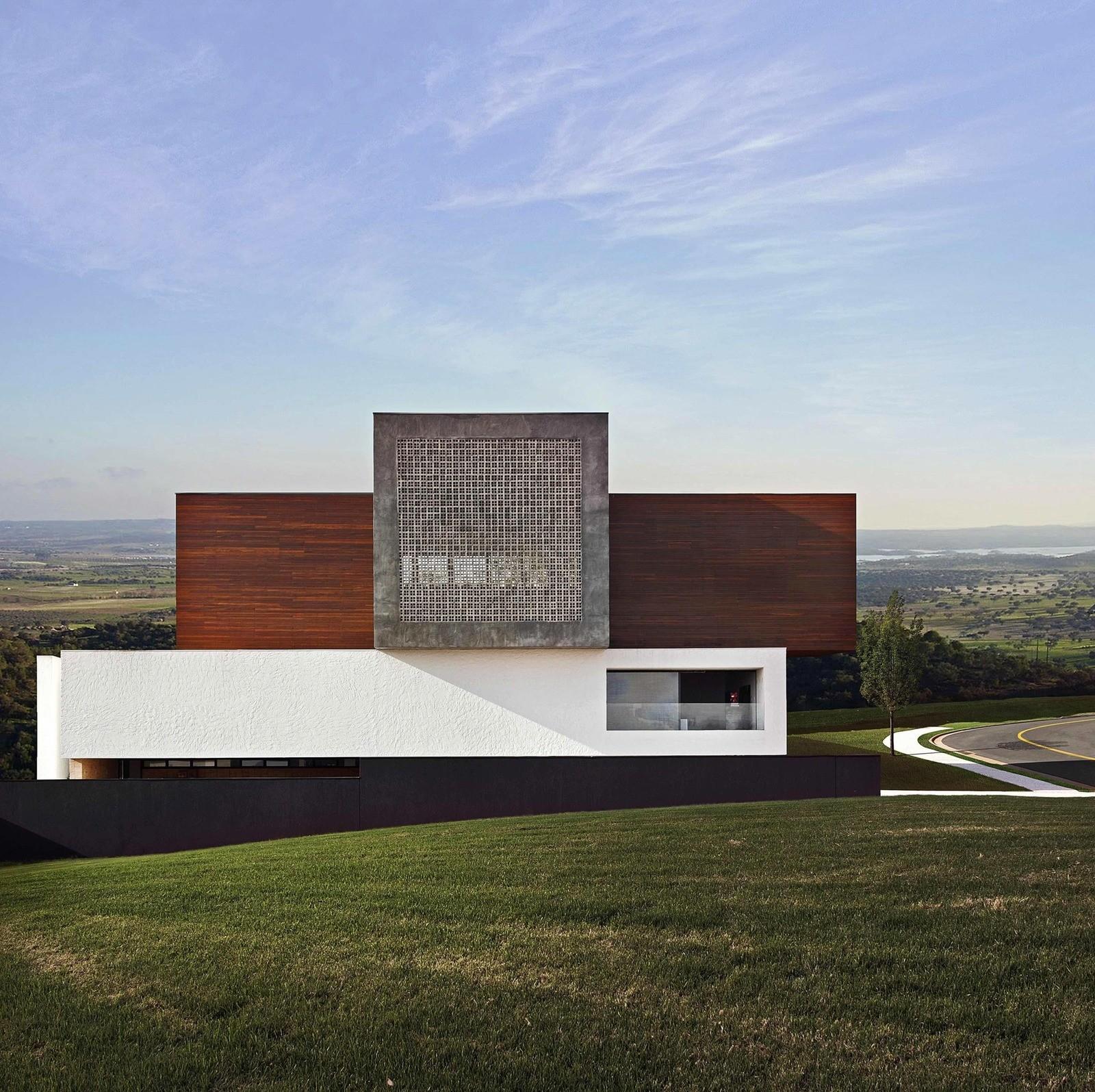 Необычный дом в Бразилии