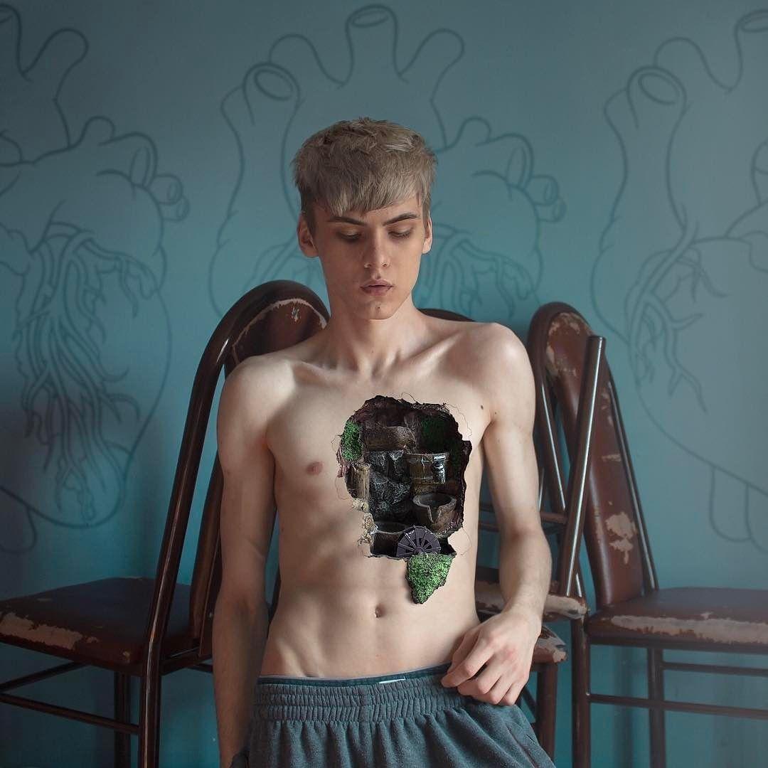 Темный сюрреализм от Андрея Тюрина