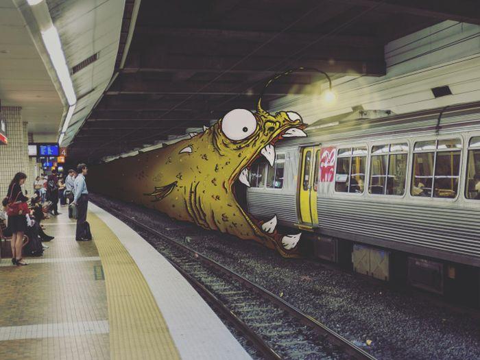 Художник добавляет монстров на обычные фото
