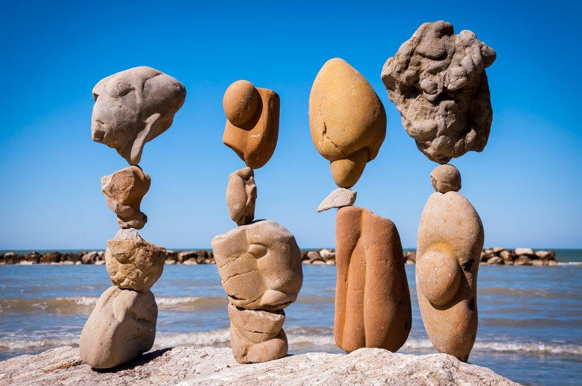 Американец и уникальные скульптуры из камней