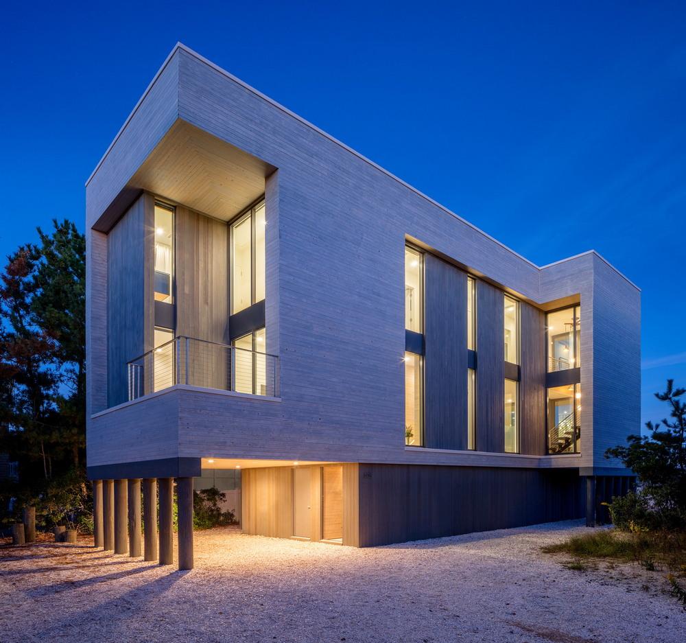 Современный дом на побережье в Нью-Джерси