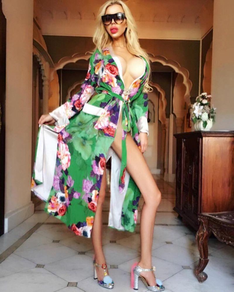 Полька потратила почти 400 тысяч долларов на превращение в Барби