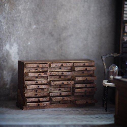 Миниатюрный мир японской художницы Киёми