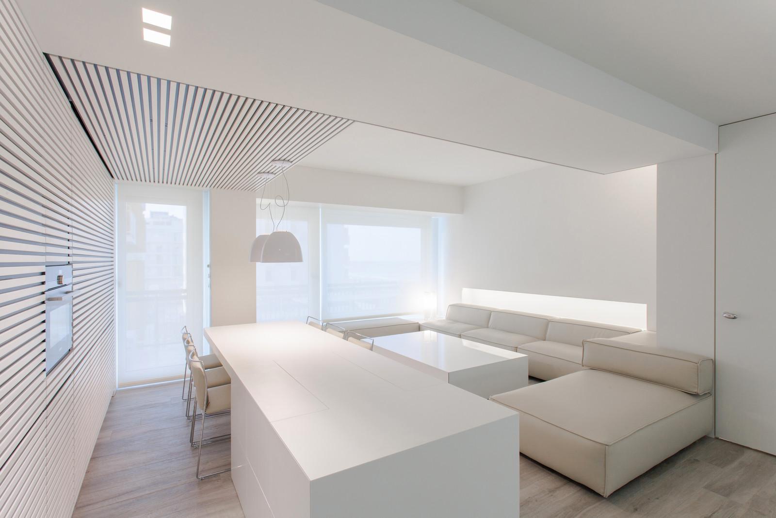 Белоснежная квартира в северной Италии