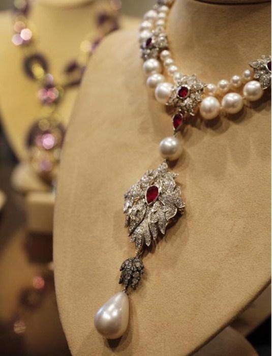 Перегрина - самая дорогая и самая большая жемчужина в мире