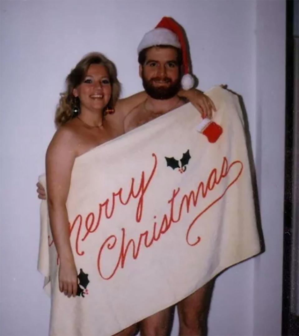 Странные рождественские снимки в семейных альбомах