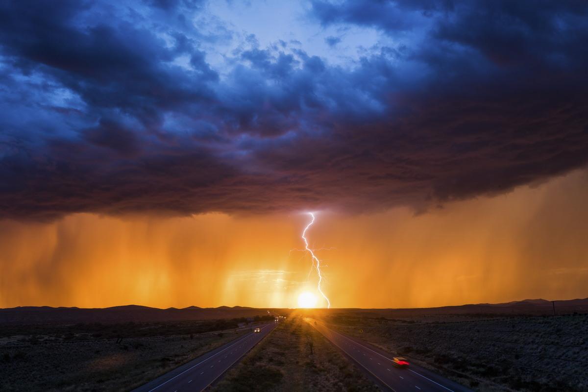 Бури и ураганы в объективе Майка Олбински