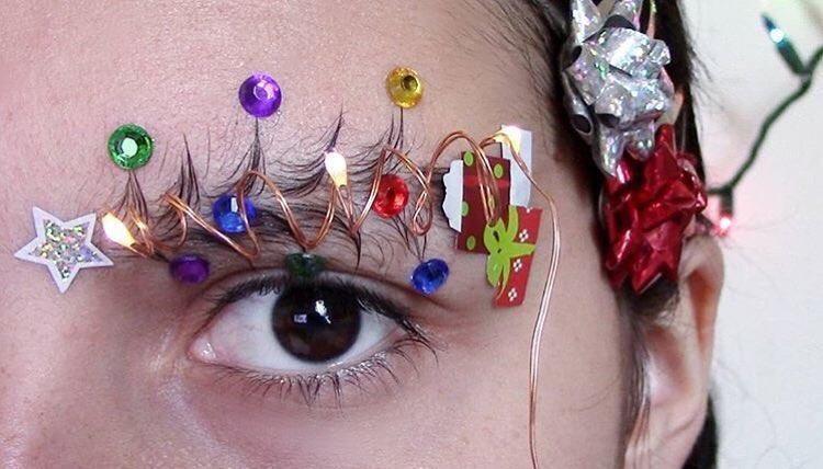 Новогодний тренд - брови в виде украшенной елки