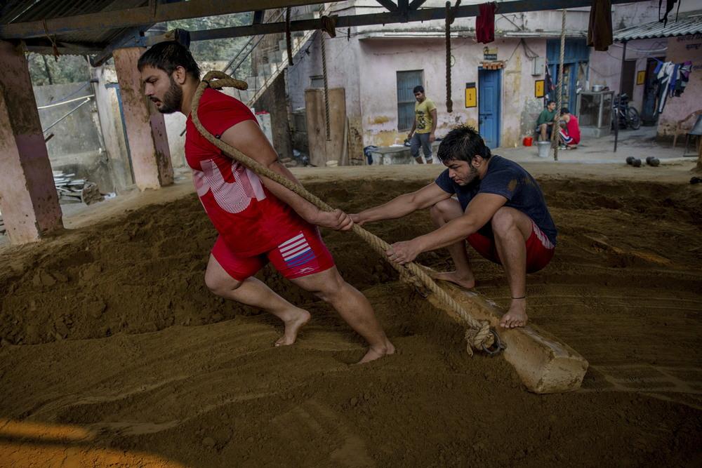 Древняя борьба кушти в современной Индии