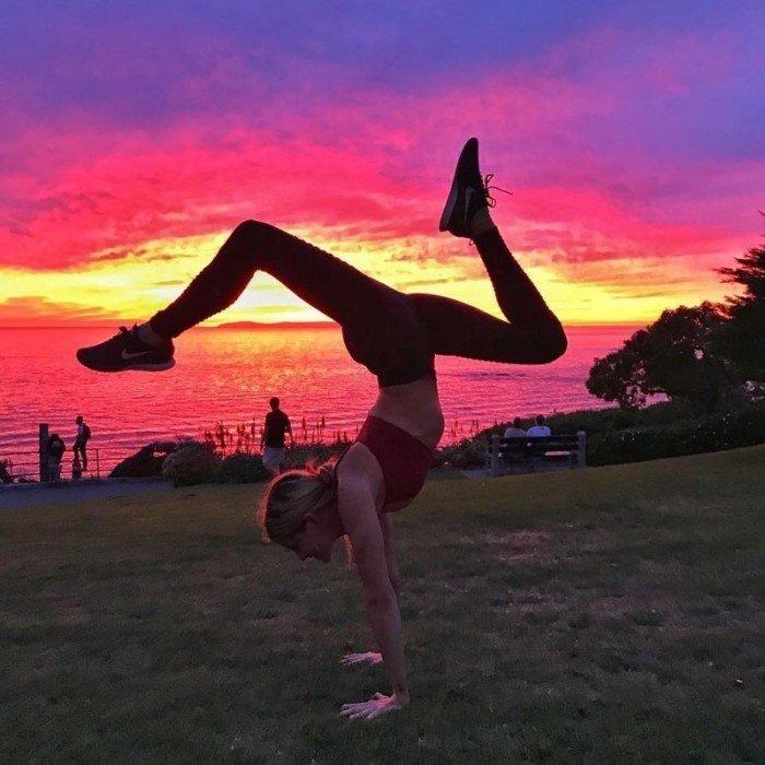 Самые удивительные позы любителей йоги