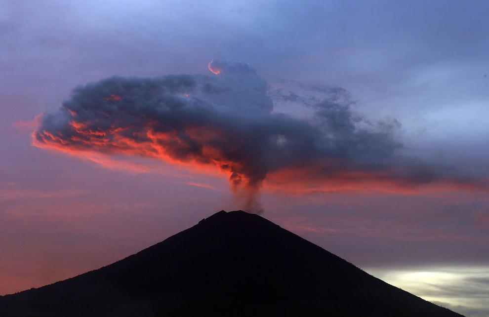 Извержения вулканов в 2017 году