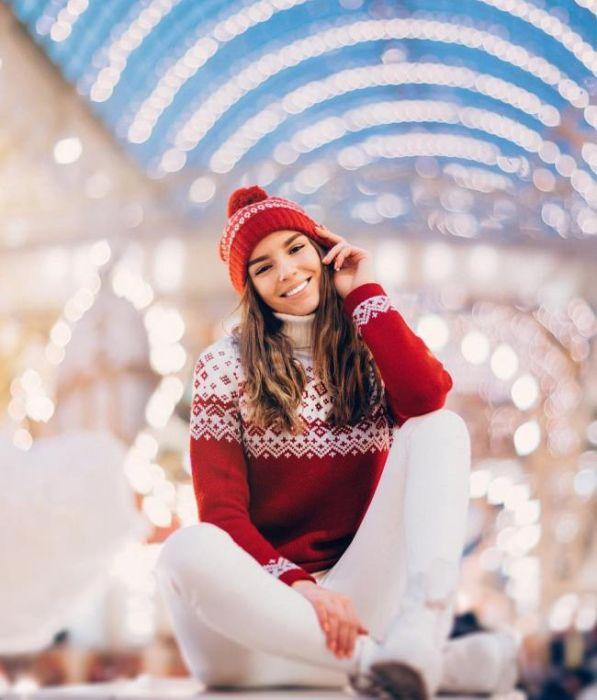 Рождественские и новогодние фото девушек