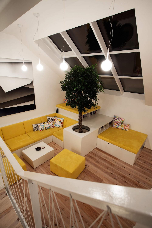 Старая квартира в бывшем чердачном помещении в Праге