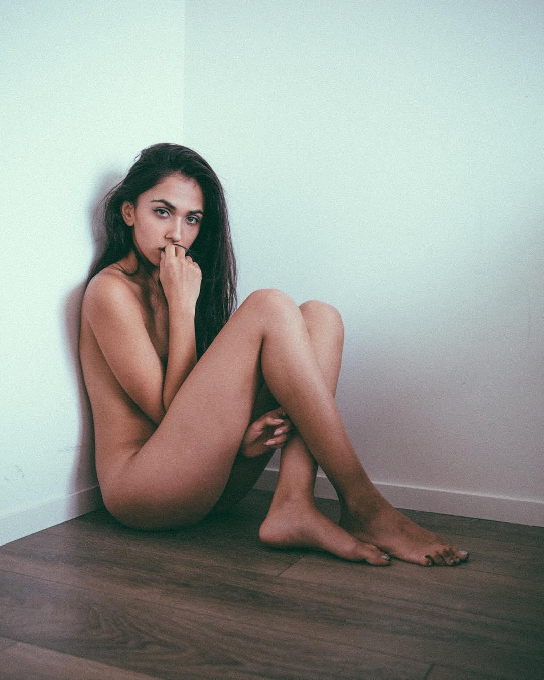 Яркие женские образы на фотографиях от Али Сареми