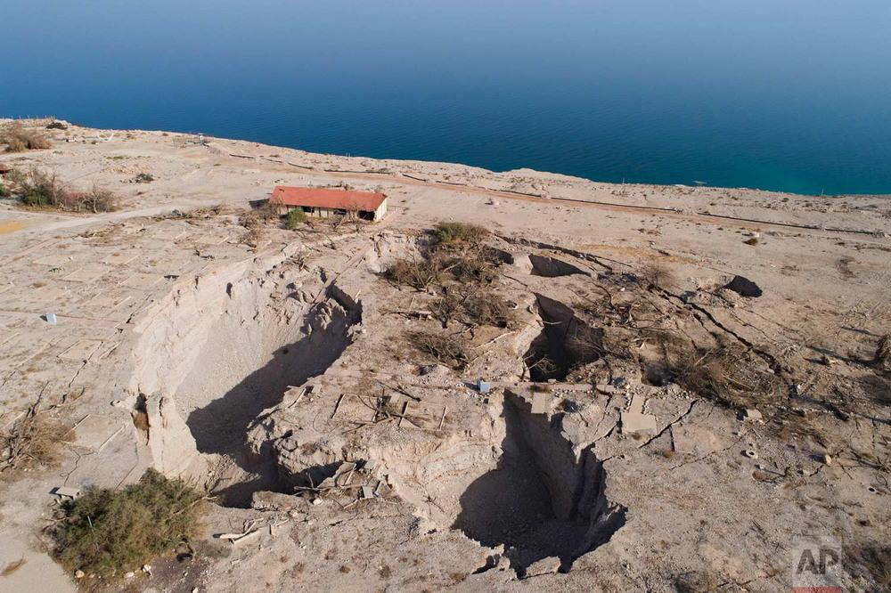 Затяжная засуха угрожает водам Мертвого моря