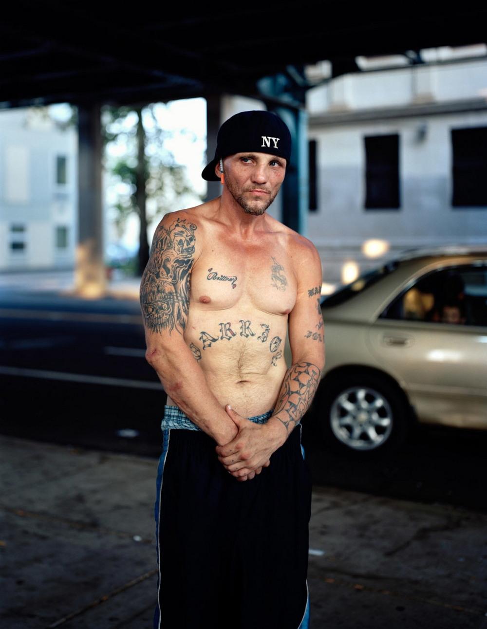 Жители наркоманской Кенсингтон Авеню в Филадельфии