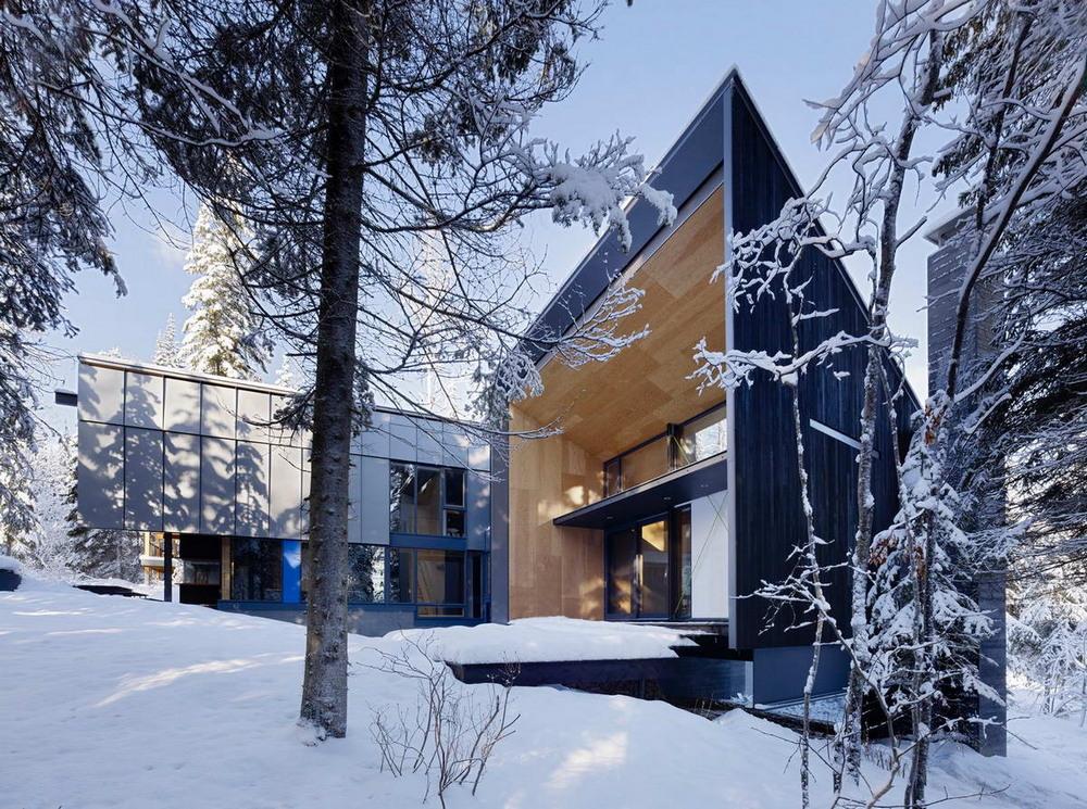 Лесной дом в канадских Скалистых горах