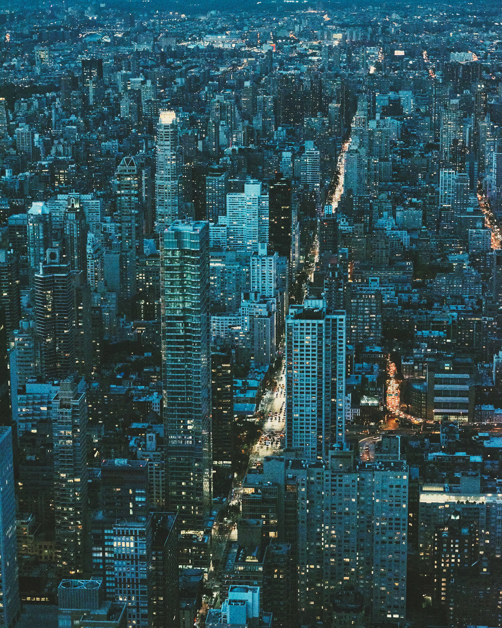 Городская архитектура и жизнь в объективе Кристиана Делфино