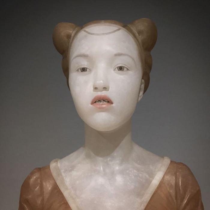 Скульптуры эпохи Возрождения в необычном стиле