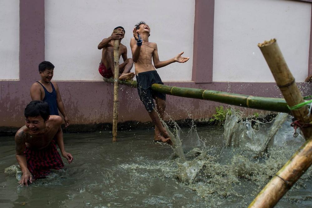 Развлечения в день независимости Бирмы