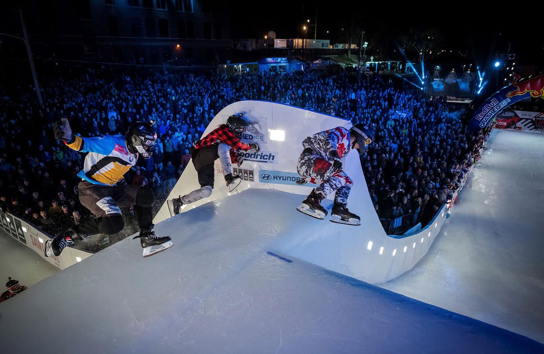 Соревнования Ice Cross Downhill