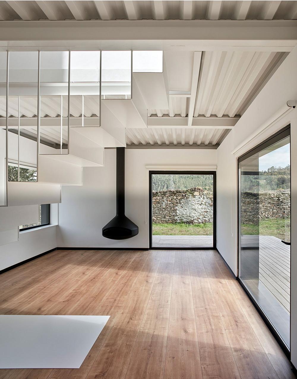 Горный мобильный дом в Испании