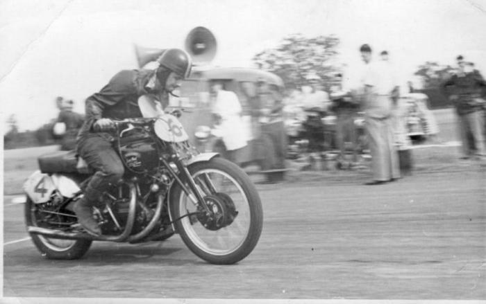 Vincent Black Lightning 1951 - самый дорогой мотоцикл в мире