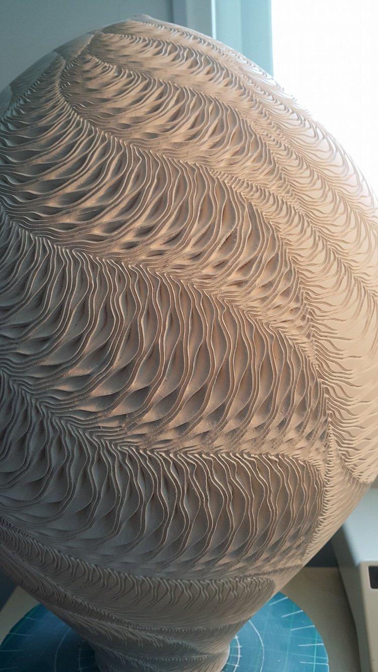 Океанские волны на керамических вазах Ли Чон Мина