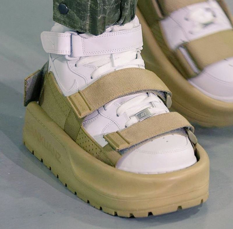 Творение китайского модного бренда поразило публику