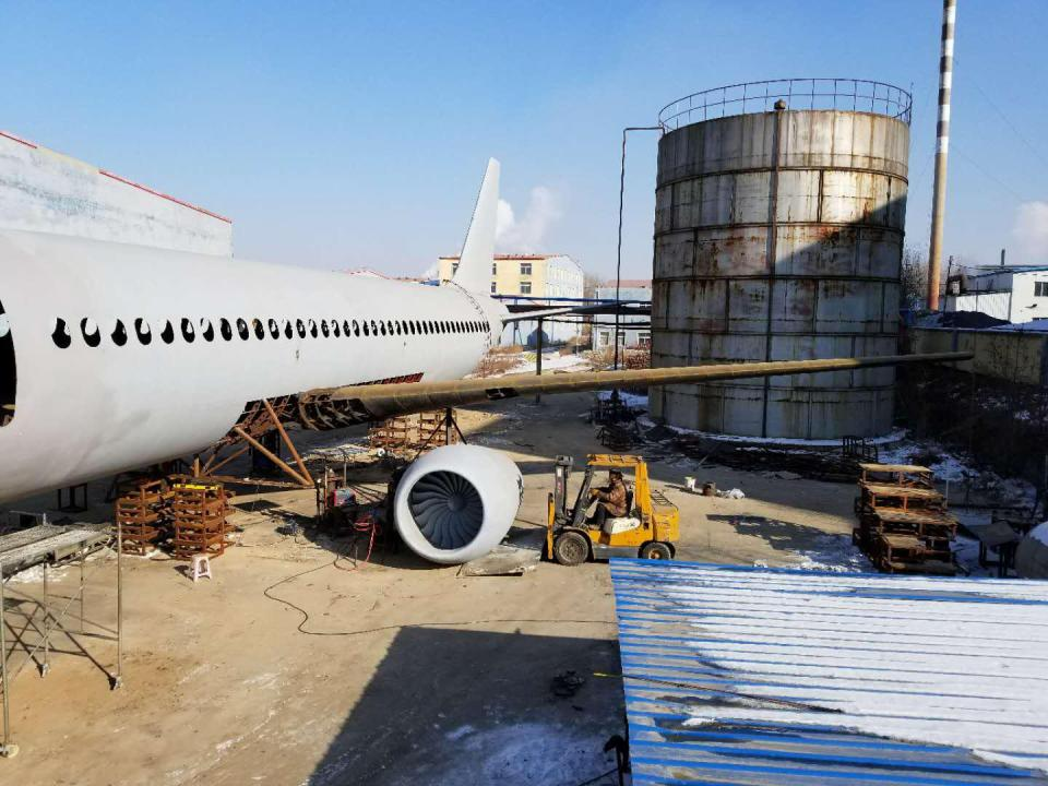 Китайский фермер создал копию Airbus А320 в натуральную величину