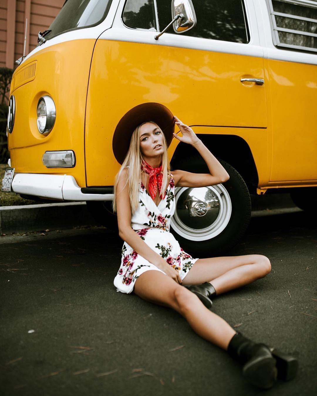 Яркие и модные снимки девушек от Рекса Ю