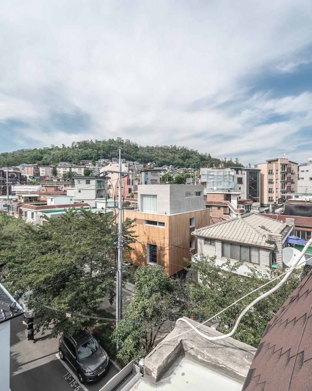 Современный городской дом в Сеуле