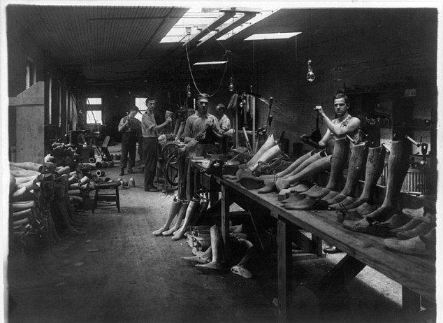 Футуристичные протезы времен Первой мировой войны