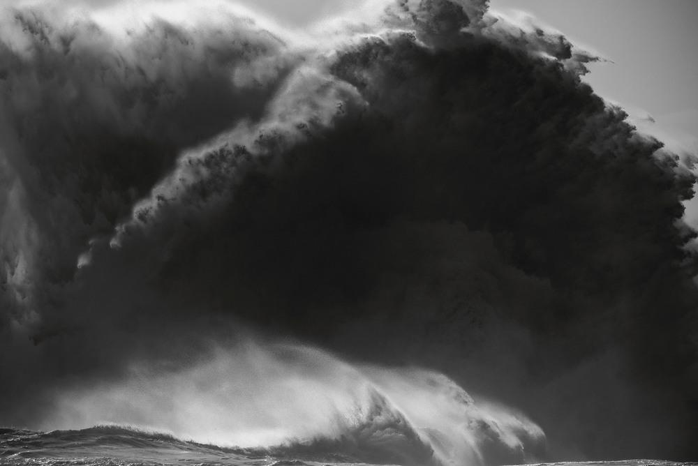 Красота океанских волн на снимках Люка Шадболта