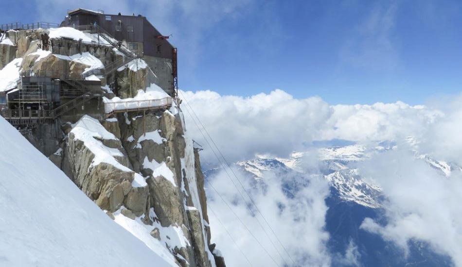10 самых страшных и опасных лестниц мира