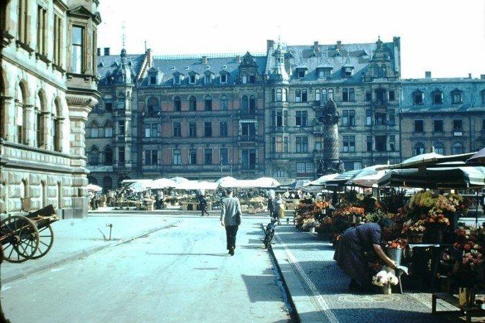 Цветные снимки повседневной жизни Восточной Германии в 1949 году