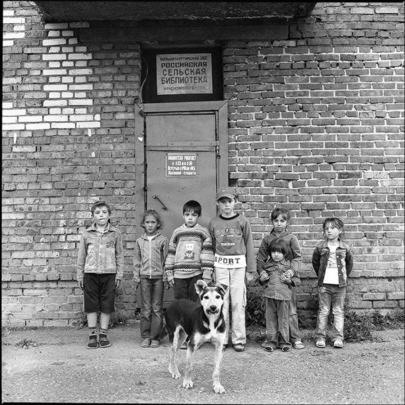 Обычные люди на чёрно-белых снимках Александра Кустова
