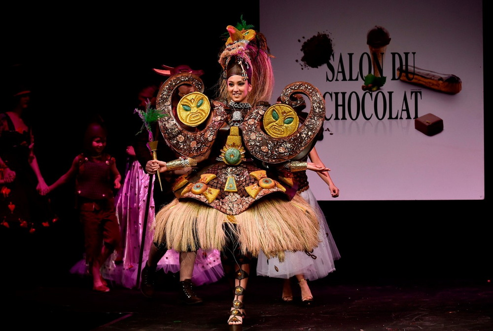 Парад платьев на фестивале шоколада